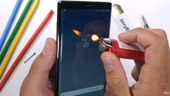 Samsung Galaxy Note 9 пережил испытание на прочность – фото 2