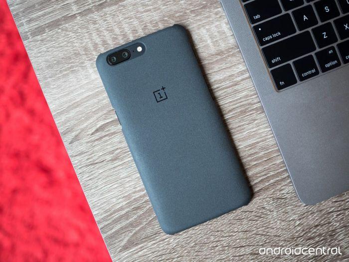 OnePlus 5 ждет обновление, где появится цифровая стабилизация изображения при записи 4К видео – фото 1