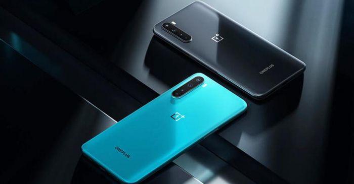 OnePlus Nord в двух цветах