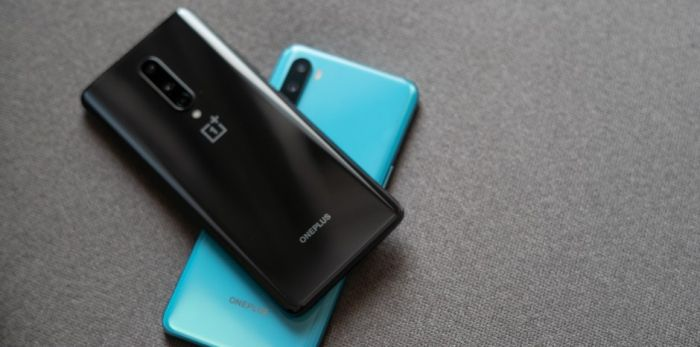 OnePlus Nord в двух расцветках