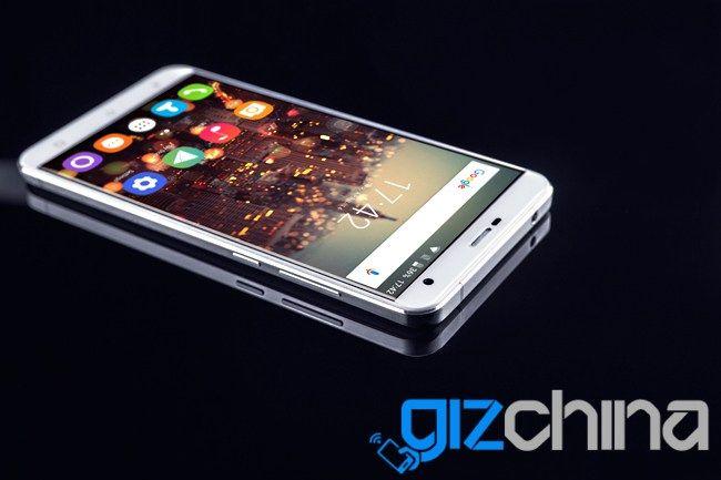 Oukitel K6000 Premium: смартфон на базе Helio X20, с 6 Гб ОЗУ и  AMOLED-дисплеем показали на фото – фото 2