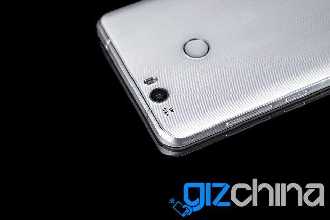 Oukitel K6000 Premium: смартфон на базе Helio X20, с 6 Гб ОЗУ и  AMOLED-дисплеем показали на фото – фото 4
