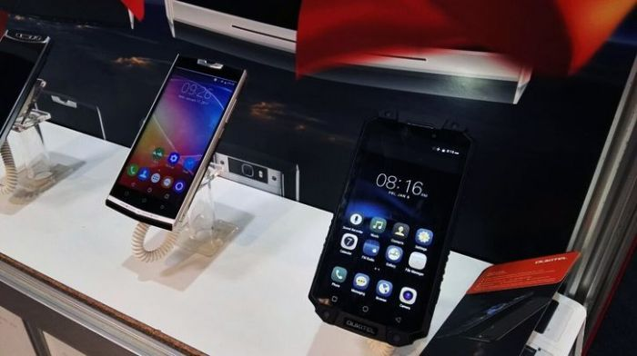 MWC 2017: Oukitel показала Oukitel K10000 Pro, K6000 Plus и U20 Plus Jet Black Edition – фото 1