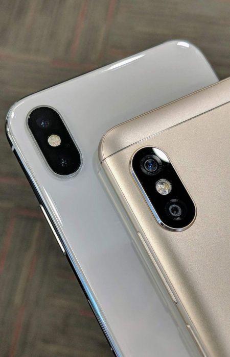Xiaomi Redmi Note 5 Pro на живом фото можно легко спутать c iPhone X – фото 1