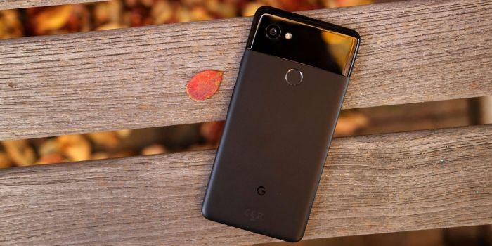 Google Pixel 2 XL царапали, жгли и гнули – фото 1