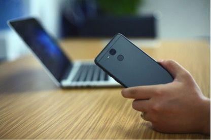 Vernee M5 против iPhone 7: сравнение дизайна – фото 4