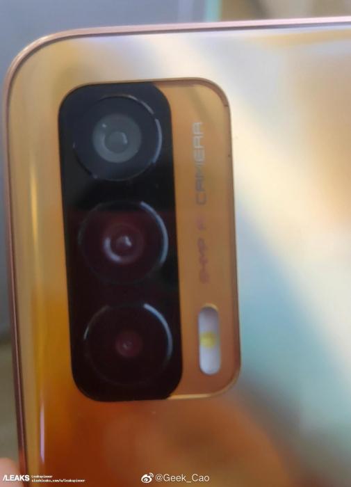 Realme Race или Realme Koi впервые засветился на «живых» снимках – фото 2