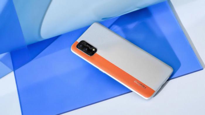 7 трендов рынка смартфонов 2020 года, от которых стоит отказаться в 2021 году – фото 4