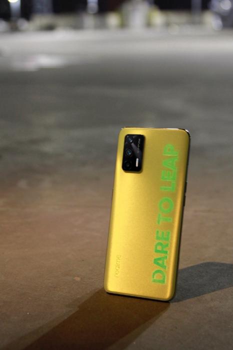 Realme Q3: больше изображений и интересная заявка по части чипа – фото 4