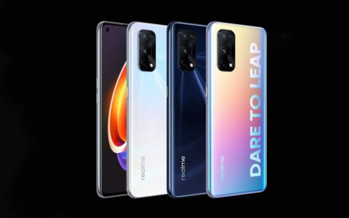 Realme X7 Pro в разных цветах