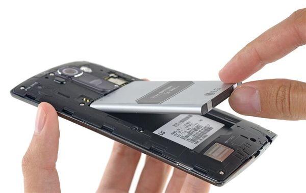 Несъемный аккумулятор и почему производители используют его все чаще – фото 1