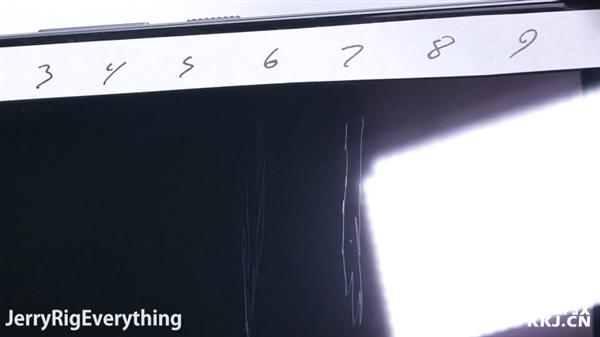 HTC 10 достойно показал себя в тестах на прочность – фото 2