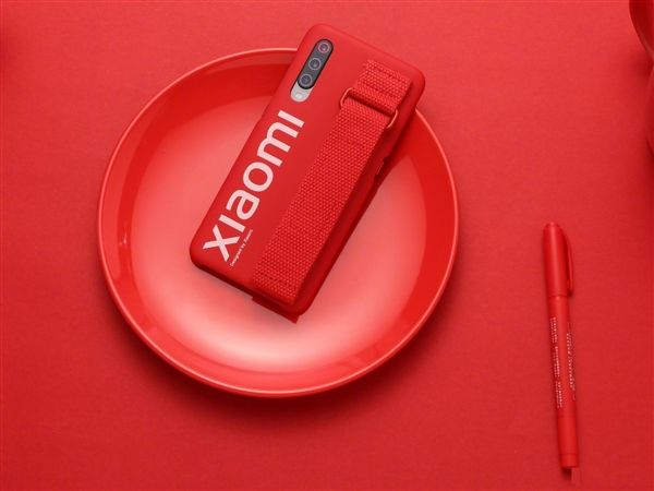 Хотите Xiaomi Mi 9 с более емким аккумулятором? Китайский ритейлер готов помочь – фото 4