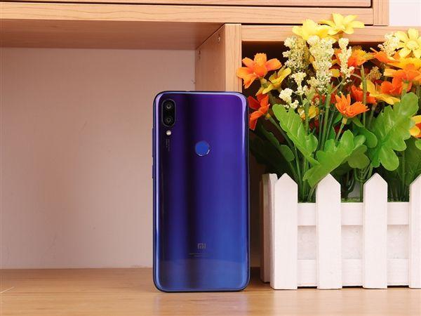 Анонс Xiaomi Mi Play: первый с Helio P35 – фото 2