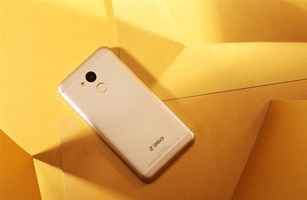360 N6 Pro показали на «живых» снимках – фото 1