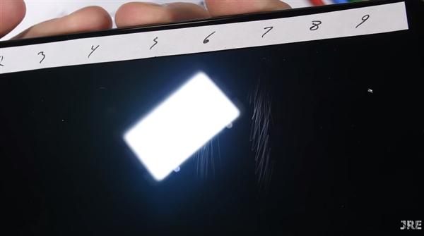 Xiaomi Mi Mix 3 проверили на прочность и устойчивость царапинам – фото 2