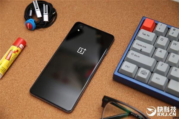 OnePlus X не получит преемника – фото 2