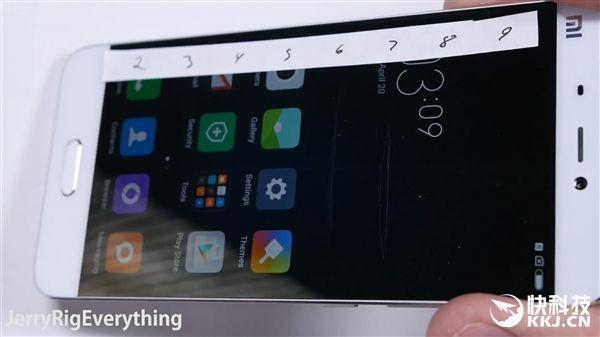 Xiaomi Mi5 не прошел тест на сгибание – фото 3