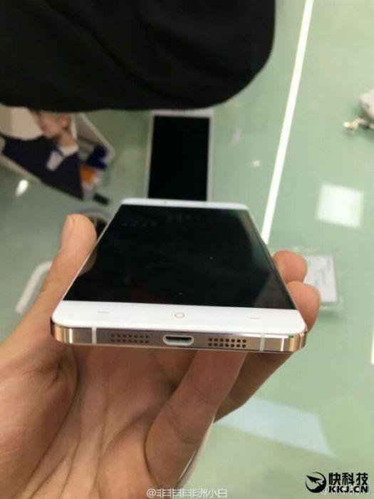 Oppo A30 – клон OnePlus X за $306 – фото 2