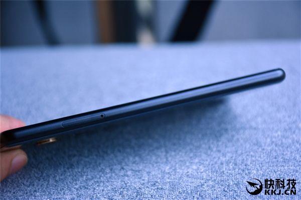 Безрамочный Xiaomi Mi Mix 2 дебютировал – фото 8