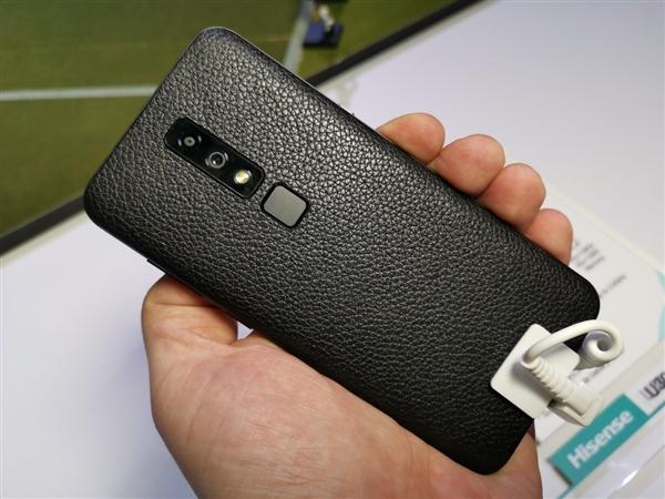 Hisense U30: Snapdragon 675, 48 Мп камера и «дырявый» дисплей – фото 2