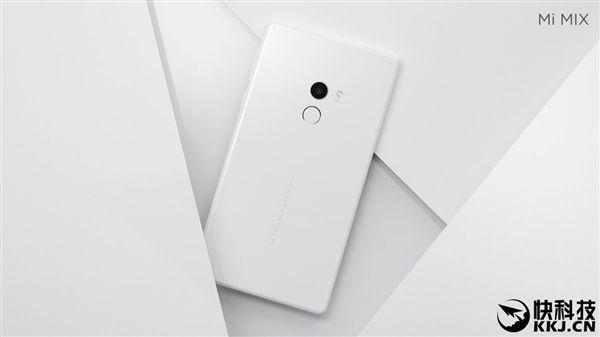 Xiaomi Mi MIX в белом цвете поступил в продажу – фото 1