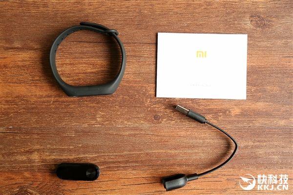 Фитнес-браслет Xiaomi Mi Band 2 с OLED экраном и ценником $22 дебютировал – фото 11