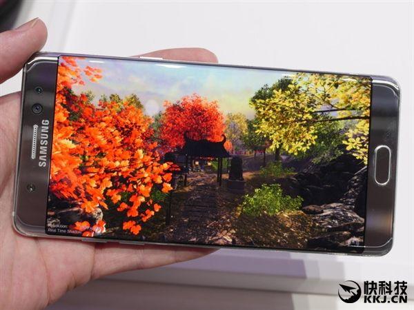 LG стыдит Samsung за взрывы Galaxy Note 7 и уверяет в безопасности своих продуктов – фото 1