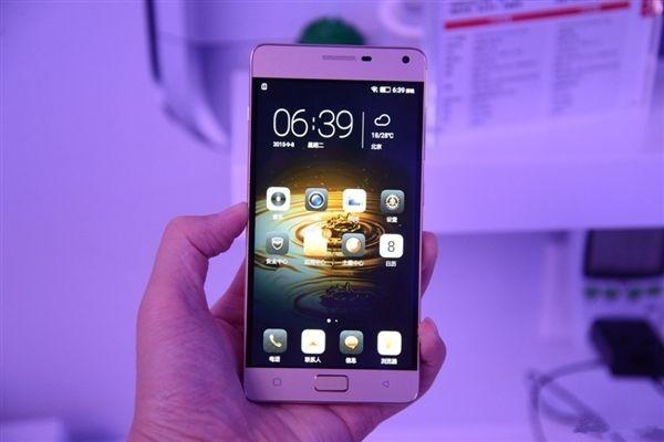 Lenovo Vibe P2 получит Snapdragon 625, 4 Гб оперативки и аккумулятор емкостью 5000 мАч – фото 1