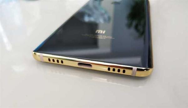 Прототип Xiaomi Mi 7 продается за бешеные деньги – фото 3