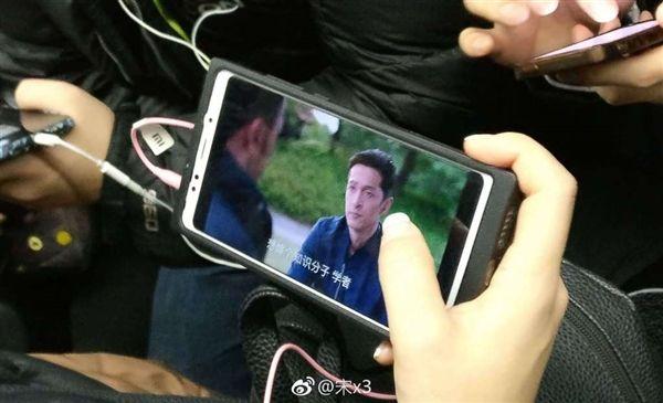 Предполагаемый Xiaomi R1 показали на фото и новая дата анонса Xiaomi Redmi Note 5 – фото 3