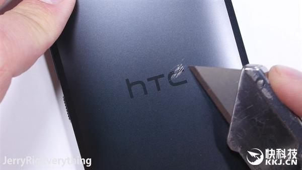 HTC 10 достойно показал себя в тестах на прочность – фото 3