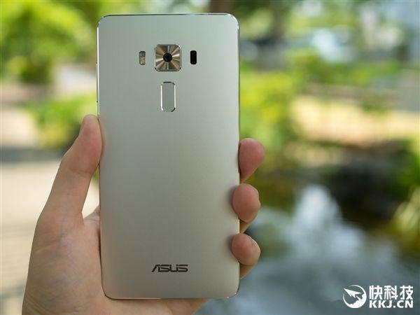 Asus ZenFone 3 Deluxe в августе получит версию с процессором Snapdragon 823 – фото 1