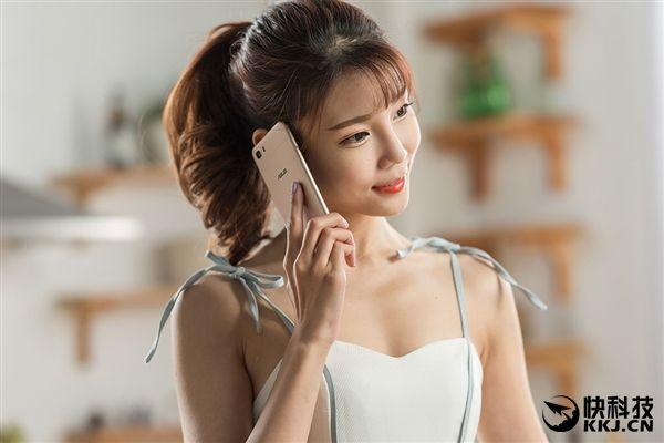 ASUS ZenFone 4 появится в мае – фото 1