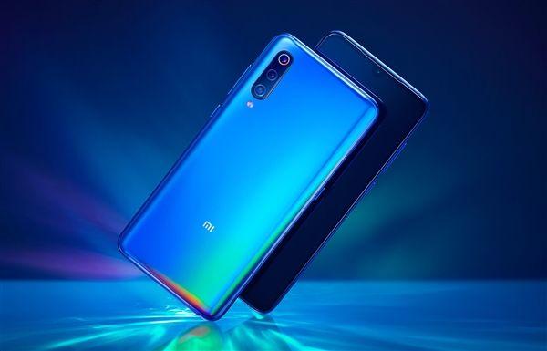 Пользователю продали Xiaomi Mi 9 без упаковки – фото 1