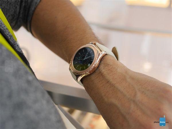 Смарт-часы Samsung Gear S2 теперь доступны и в цвете розовое золото – фото 2