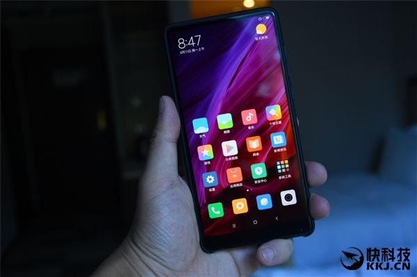 Безрамочный Xiaomi Mi Mix 2 дебютировал – фото 10