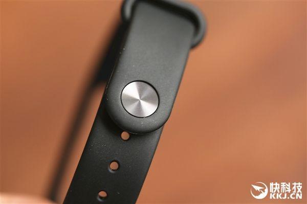 Фитнес-браслет Xiaomi Mi Band 2 с OLED экраном и ценником $22 дебютировал – фото 4