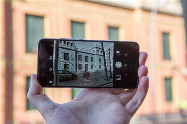 В Huawei уверены, что 4 Гб оперативной памяти достаточно для смартфона – фото 1