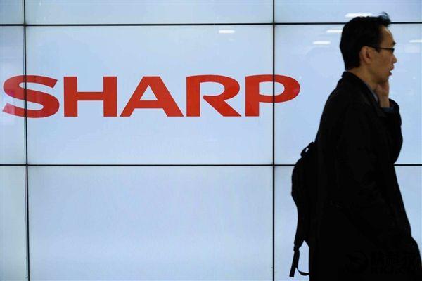 Sharp готовится к производству OLED дисплеев и показала IGZO-экран с пиксельной плотностью до 1000ppi – фото 1