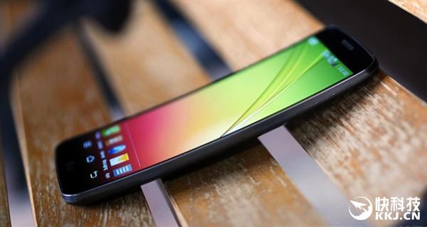 LG G Flex 3: продолжение линейки изогнутых смартфонов? – фото 1