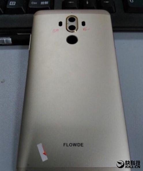 Реальное фото двойной камеры Huawei Mate 9 слили в сеть – фото 2