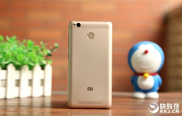 Продажи Redmi 3 Pro стартовали сегодня на фестивале компании Xiaomi – фото 2