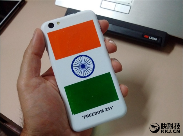Ringing Bells Freedom 251 – смартфон с дизайном в стиле iPhone всего за $3,7 – фото 4