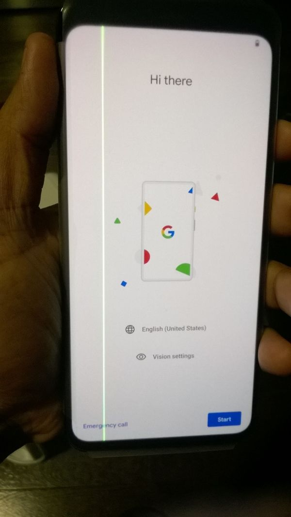 Владелец Google Pixel 4 XL жалуется на наличие перманентной зеленой полосы на экране