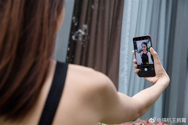 Oppo F5 предложит двойную фронтальную 12 Мп камеру – фото 4