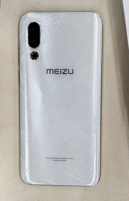Появились первые жалобы на хрупкий корпус Meizu 16s – фото 1