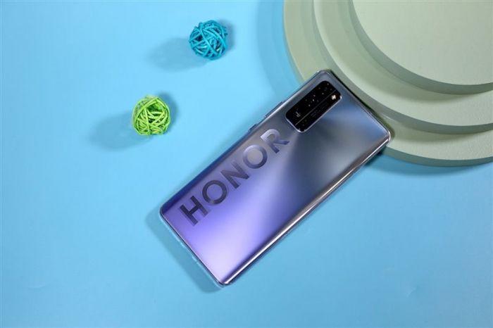Представлены Honor 30 Pro и Honor 30 Pro +: акцент на камеры и мощное железо – фото 2