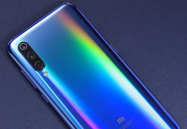 Больше подробностей о Xiaomi Mi 9 и обещан выход Xiaomi Mi 9 SE – фото 3