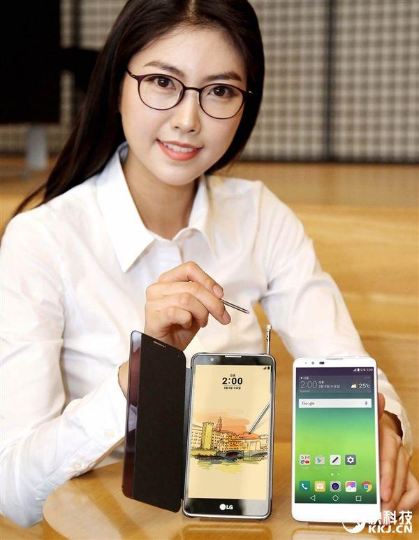 Фаблет LG Stylus 2 оценили в $328 – фото 2